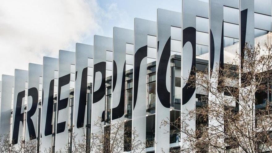 Repsol pierde 2.578 millones hasta septiembre por el impacto histórico del Covid