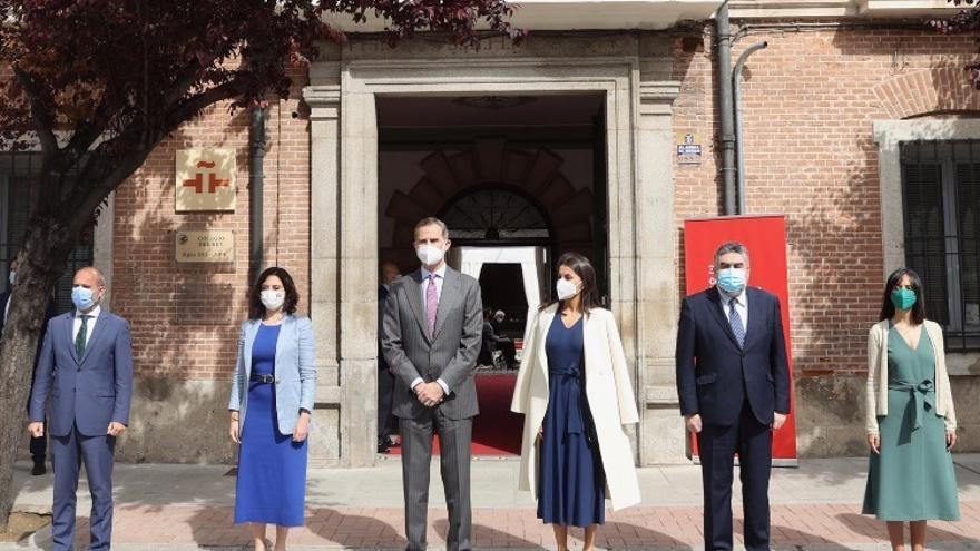 Los Reyes presiden el Día del Libro en un acto protagonizado por la poesía