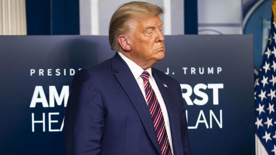Presentan la acusación contra Trump ante el Senado para iniciar el juicio político