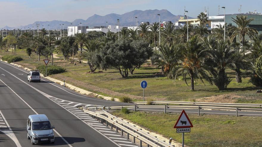 El PP asegura que el Gobierno no prevé una parada de cercanías en Elche Parque Empresarial