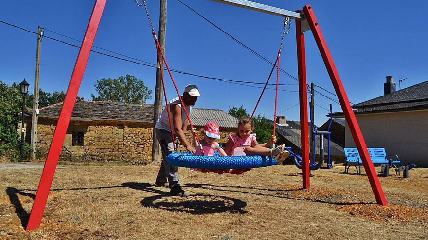 Anta estrena parque infantil y biosaludable