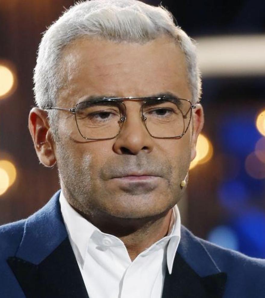 """Tensión máxima en Sálvame al expulsar del plató a una colaboradora en directo:  """"No sé si en TV3 le permiten hacer esto"""""""