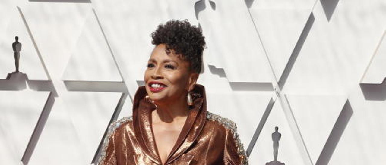 Los peores vestidos de la alfombra roja de los Oscars 2019