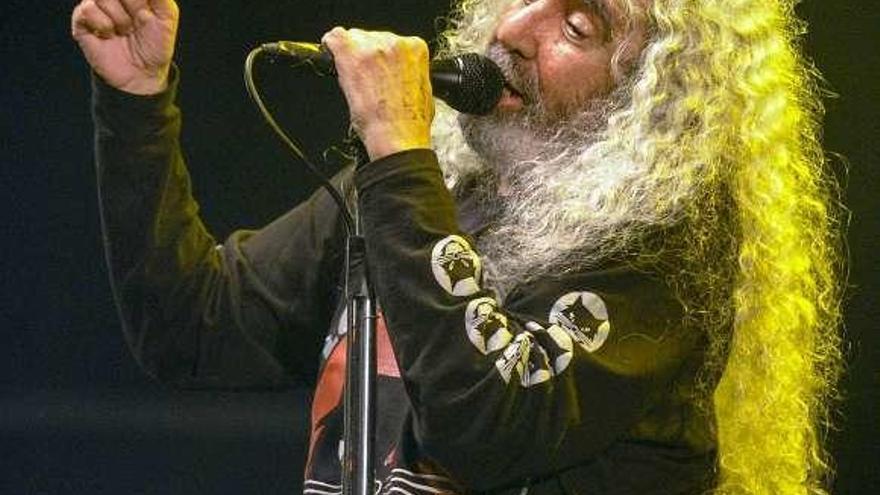 La Encomenda tiene ya su propia leyenda del rock and roll