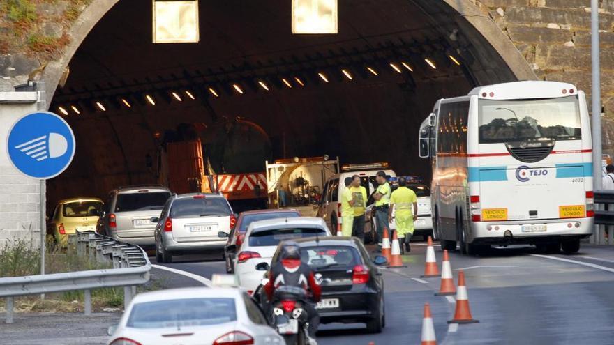 Cierra al tráfico el túnel de Candeán por un simulacro