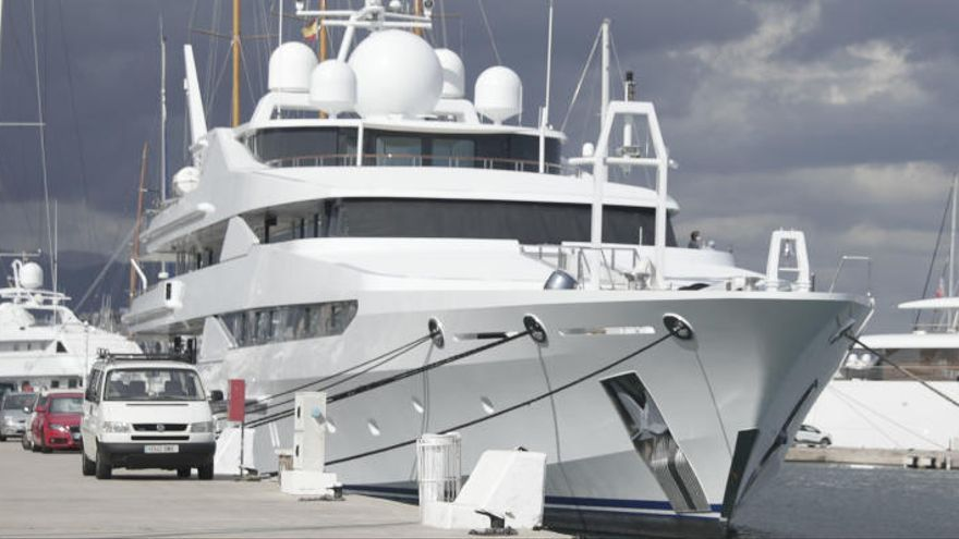 Los cinco positivos del yate del príncipe de Catar serán confinados en el hotel Palma Bay