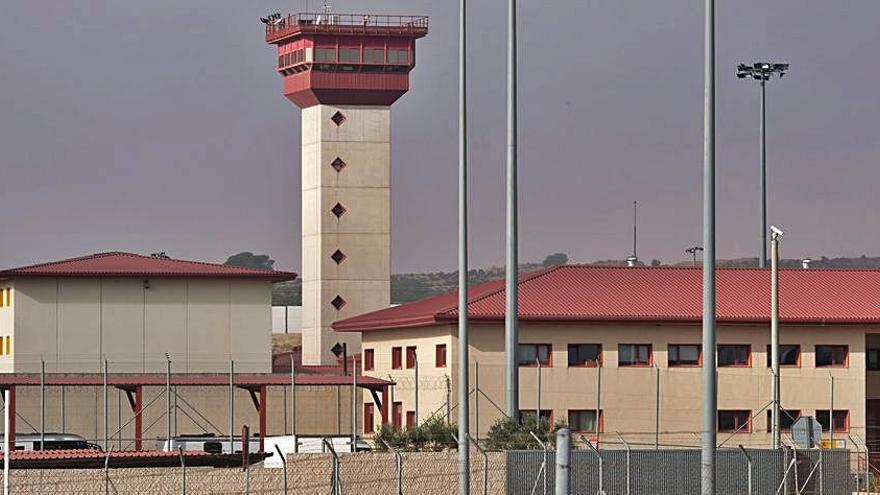 El director de la cárcel de Villena acusa a TAMPM de exagerar los incidentes en el centro