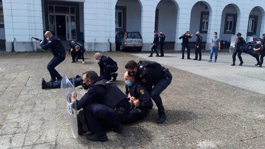 La CEP organiza un segundo curso de técnicas sanitarias para policías en Asturias