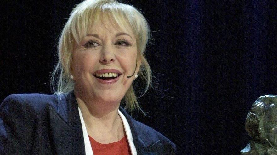 Artistes i polítics ploren a Rosa Maria Sardà