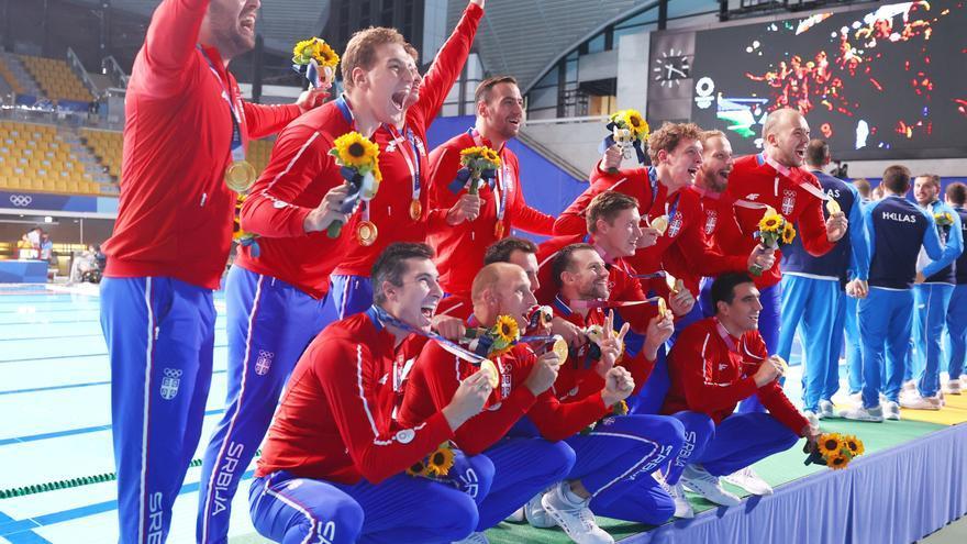 Serbia derrota a Grecia en la final masculina de waterpolo y revalida el oro