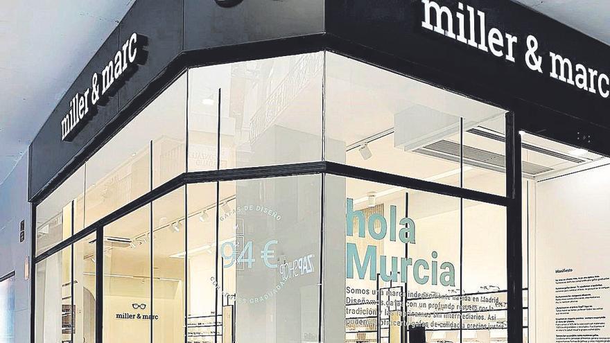 Miller & Marc, la marca de gafas que está revolucionando la industria de la óptica, aterriza en Murcia