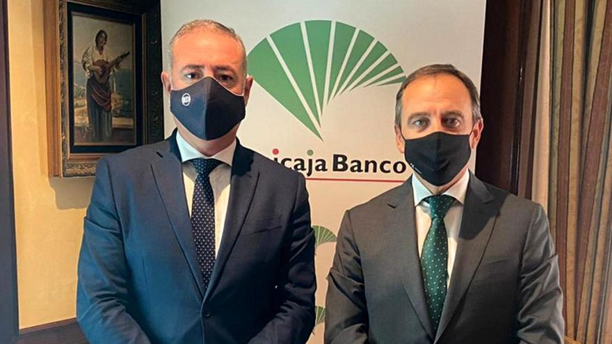 Unicaja Banco, de la mano del Colegio de Economistas de Málaga un año más