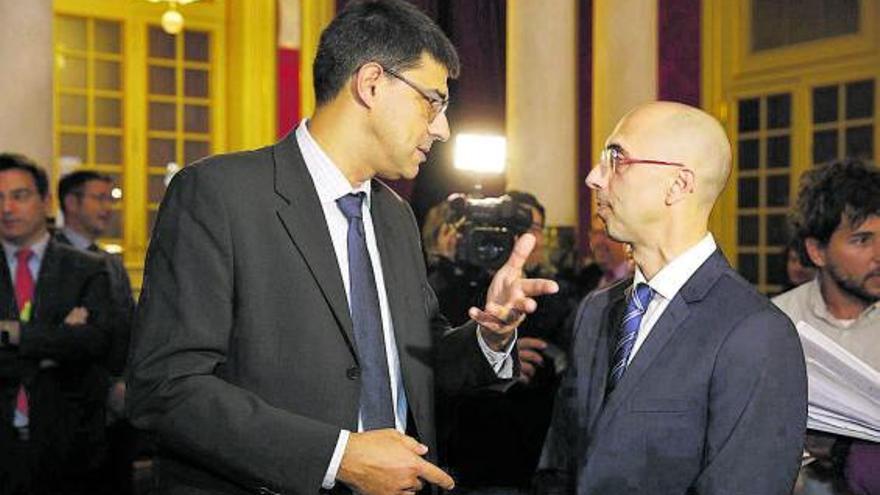 Far pidió a Podemos y Més poder dar su versión del conflicto con el Govern