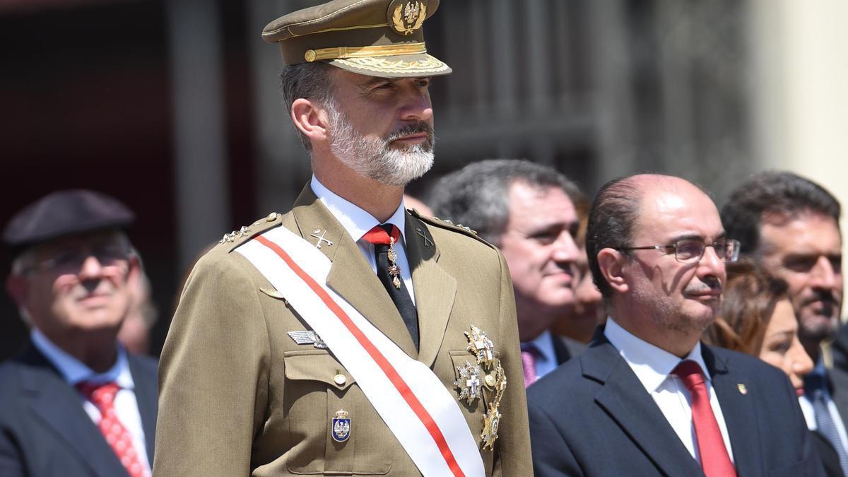 El Rey, junto a Lambán, en un acto en el 2018 en la Academia General Militar.