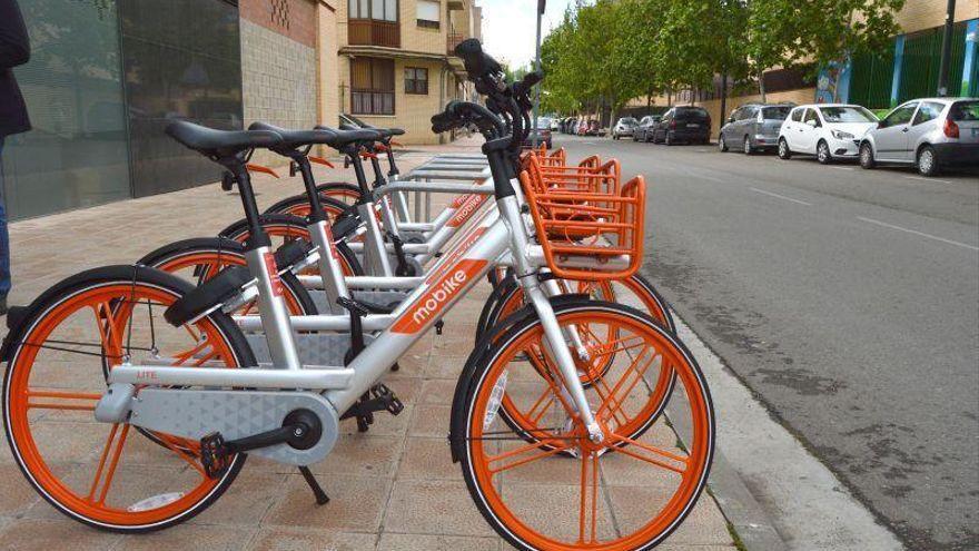 Las nuevas compañías de de bicis y motos desplegarán los nuevos vehículos en Zaragoza en seis meses