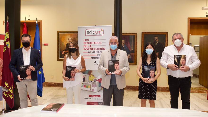 La UMU edita un libro sobre el patronazgo artístico de Isabel la Católica y sus hijas