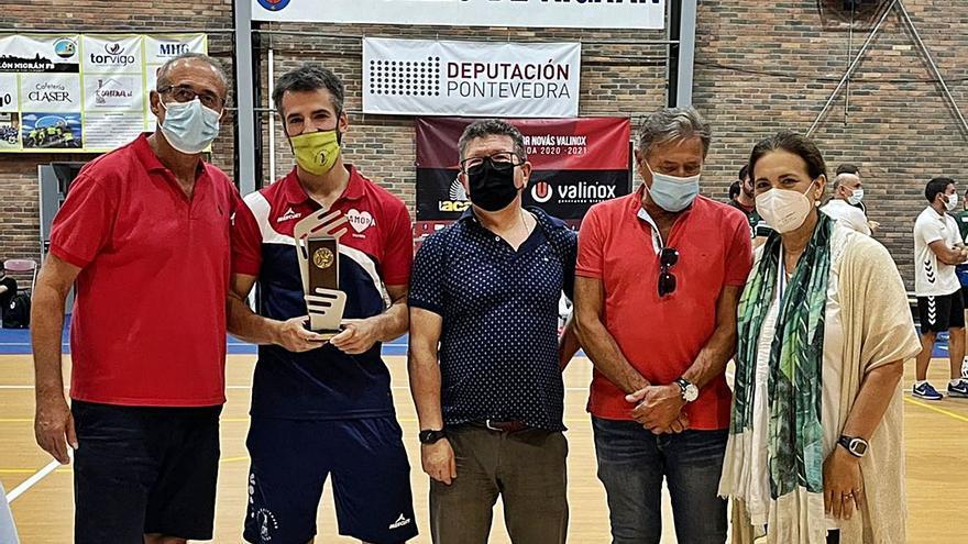 Balonmano Zamora se lleva el Torneo de Nigrán