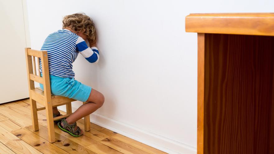 'El rincón de pensar': motivos por los que no debes usarlo con tus hijos