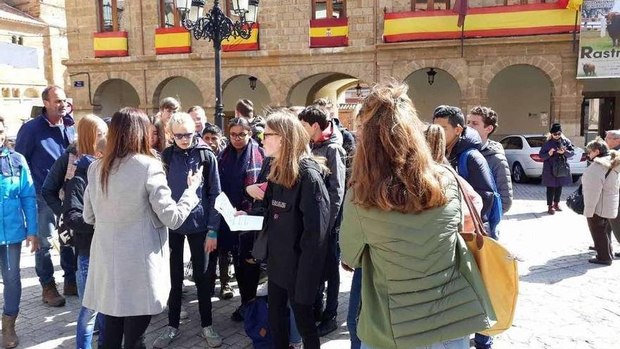 Alumnos holandeses, de Breda, intercambian experiencias con estudiantes de Los Sauces