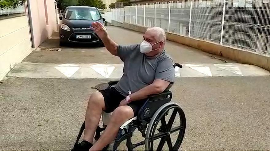 Manuel Salcés vuelve a casa tras 159 días ingresado en la UCI por coronavirus