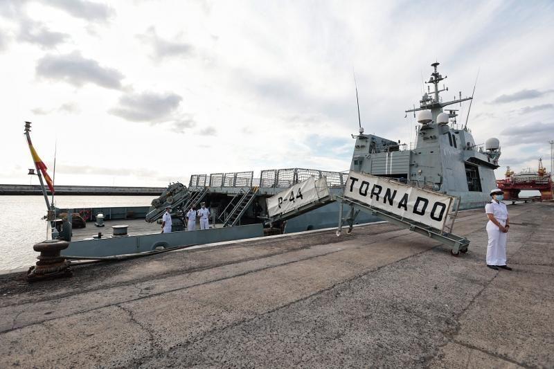 Jornada de puertas abiertas del 'Tornado', buque de acción marítima de la Armada española.