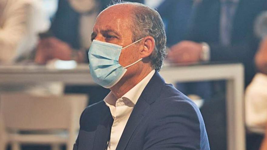 El expresidente Camps deja el Jurídic Consultiu para dedicarse a la abogacía