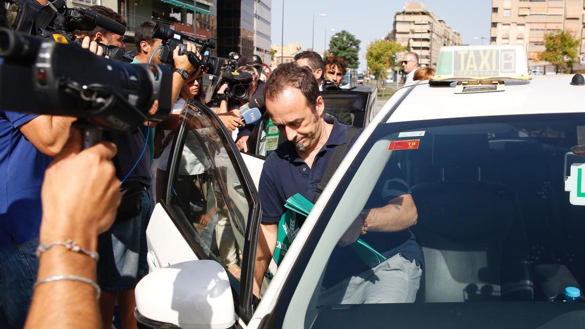 Francesco Arcuri, ex de Juana Rivas, a la llegada a los juzgados de Granada. en una imagen de archivo