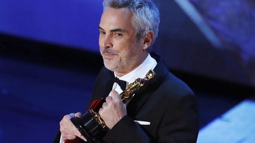 Alfonso Cuarón dedica sus triunfos a México y a su familia