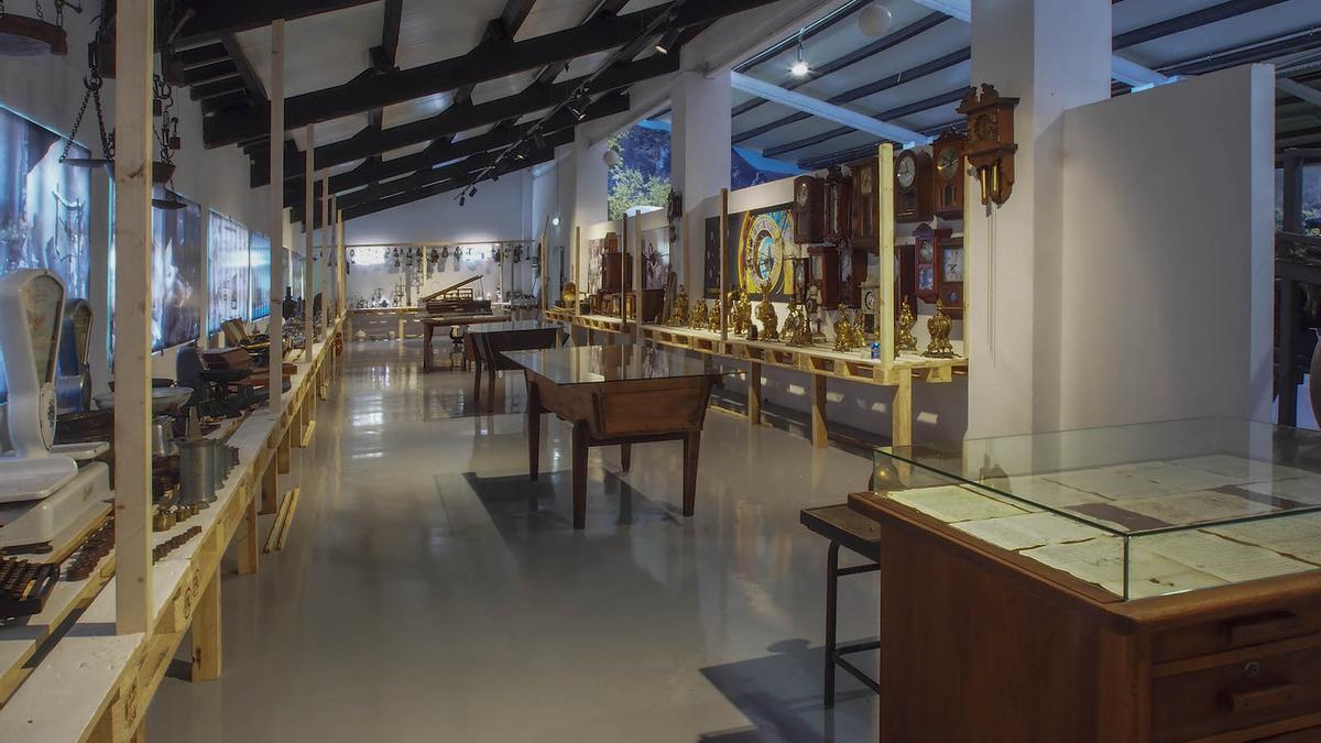 Una de las salas del Museo Las Ayalgas, en Silviella (Belmonte de Miranda).