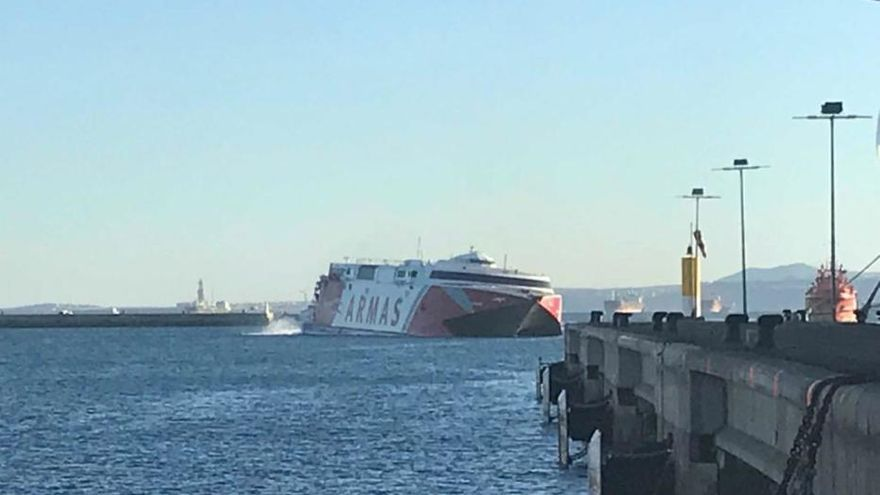 Accidente del buque de Naviera Armas Alborán en aguas de Gran Canaria