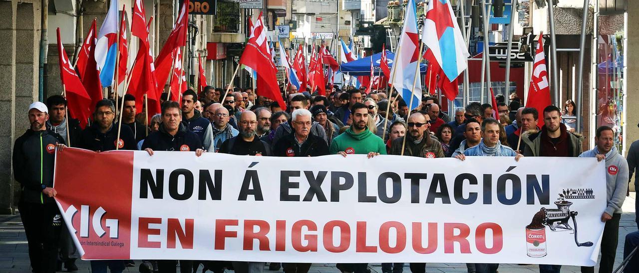 Manifestación en 2016 en apoyo a los autónomos que trabajan en la planta porriñesa de Frigolouro
