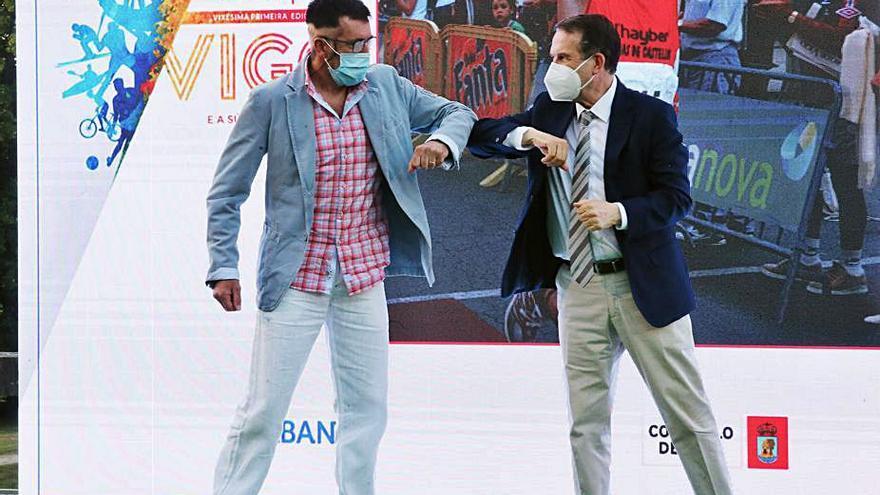Junto a Abel Caballero, en la Gala do Deporte. |  // MARTA G. BREA