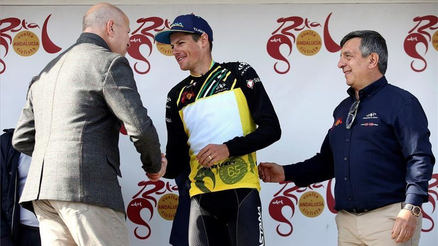 Fuglsang, campeón de la ronda andaluza tras última etapa dominada por Trentin