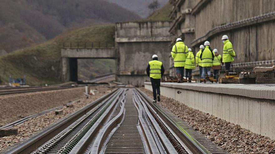 La obra pública toca fondo en Asturias por la pandemia y el final de las grandes inversiones