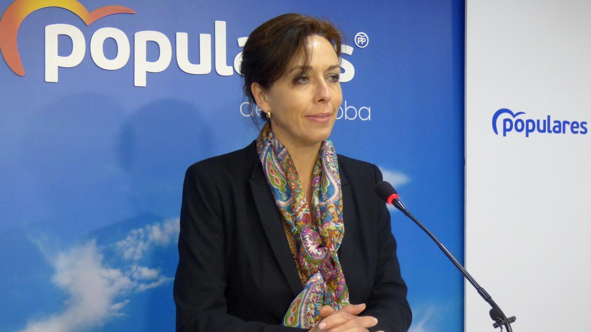 María Luisa Ceballos, en una comparecencia en la sede del PP de Córdoba.