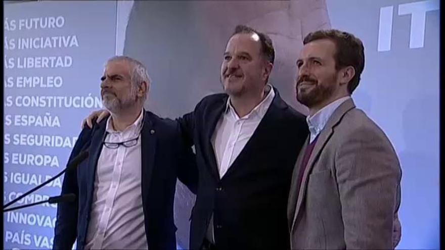 """Pablo Casado: """"La coalición con Cs es algo histórico"""""""