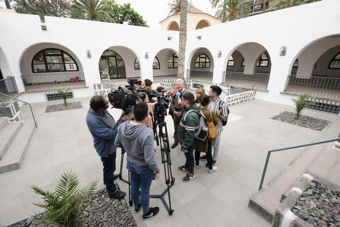Visita de Pedro Quevedo al Bodegón del Pueblo Canario reformado    02/05/2019   Fotógrafo: Tony Hernández
