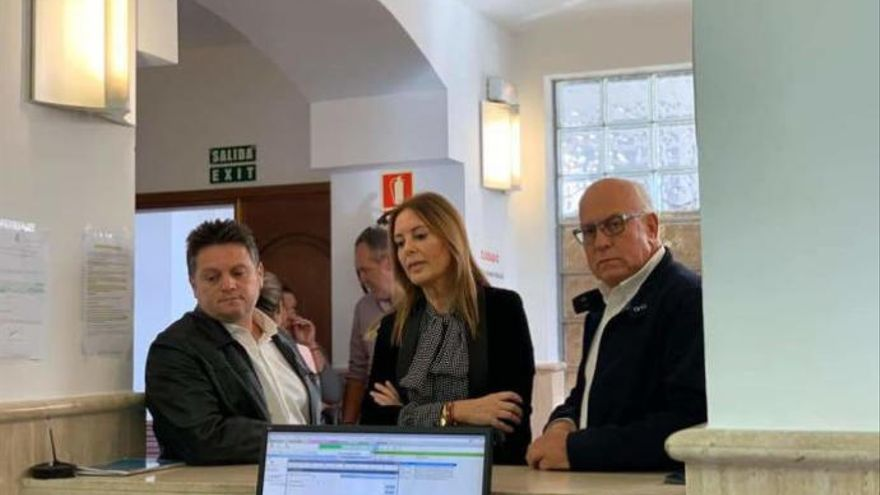Moción de censura sorpresa en La Oliva