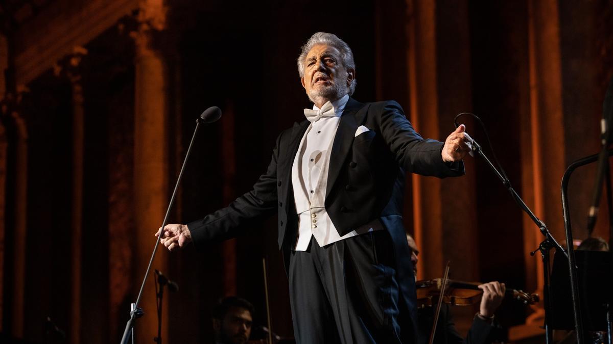 The tenor Plácido Domingo, during the concert