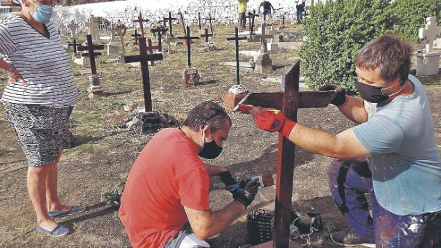 San Andrés rescata sus cruces