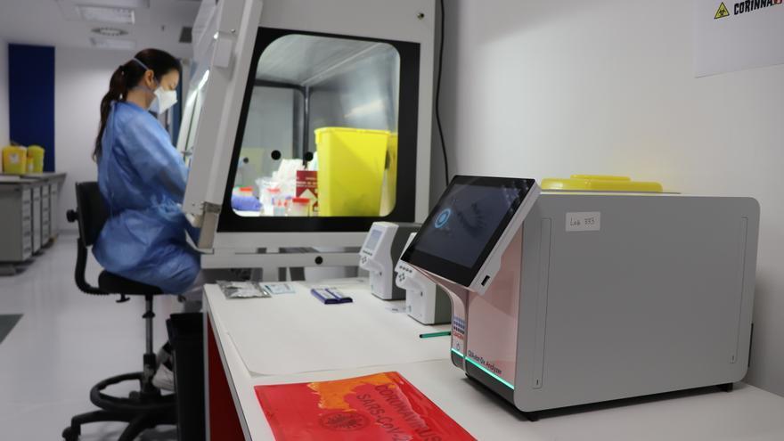 La cifra de hospitalizados por covid en Ibiza cae un 66% en un mes y se sitúa en 42