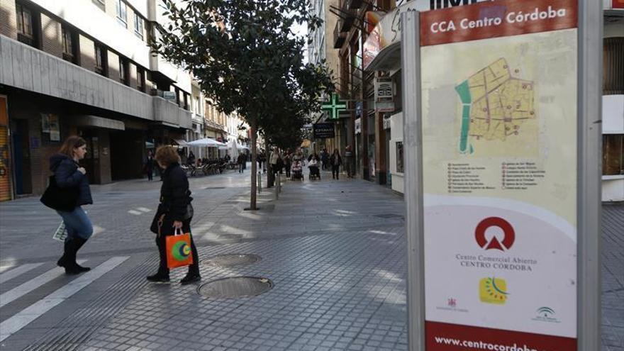 """Comercio Córdoba y los centros abiertos acusan a Álvarez de poner el consejo asesor """"al servicio"""" de las grandes superficies"""