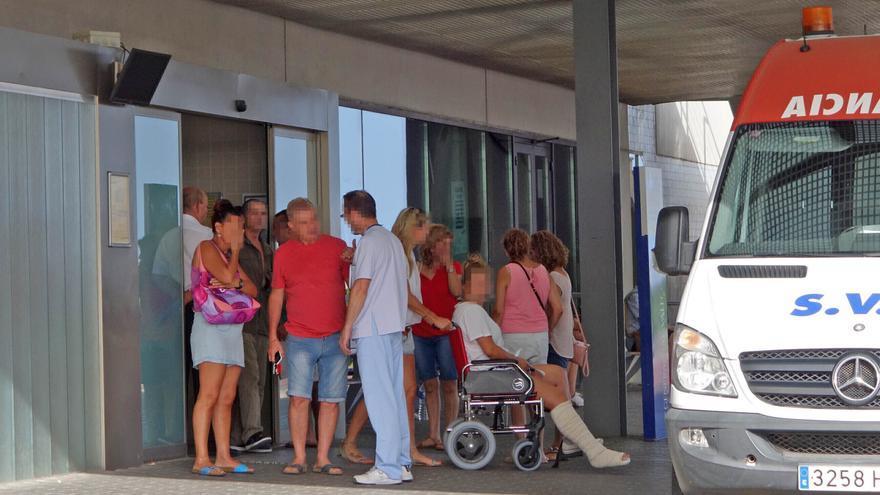 El Sindicato Médico denuncia la saturación de Urgencias del Hospital de Torrevieja con 31 pacientes pendientes de ingreso en planta