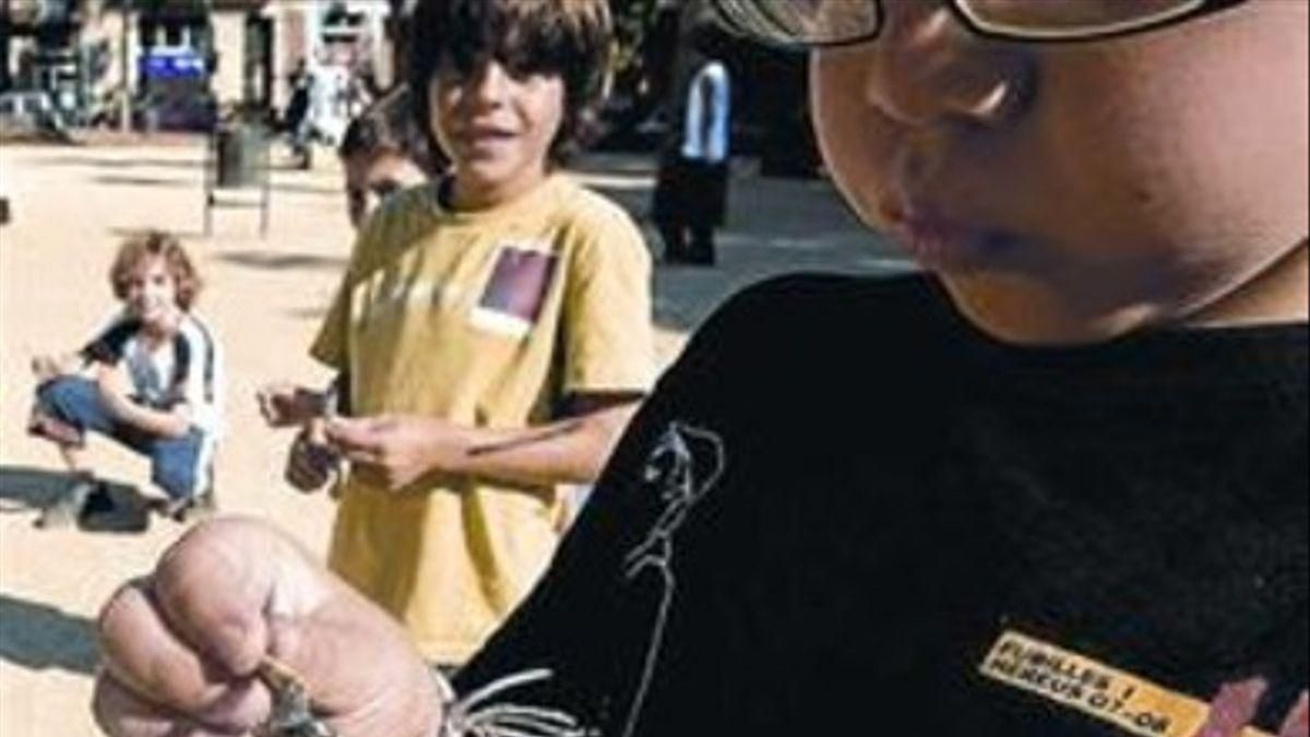 Fallece de un ataque al corazón al asustarse por un petardo en València