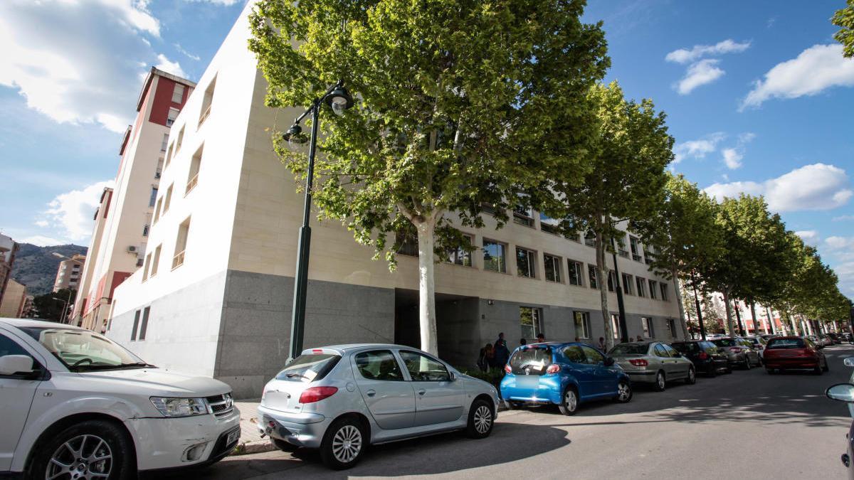 Centro Social de la Zona Norte de Alcoy, donde se ha instalado un albergue.