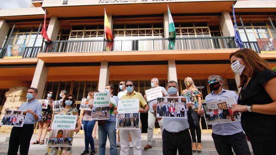 La plataforma Aparcamientos Reina Sofía denuncia que el alcalde de Córdoba se niega a reunirse con ella
