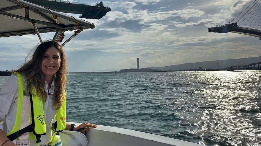 Una cruceña tras la estela de Magallanes y Elcano