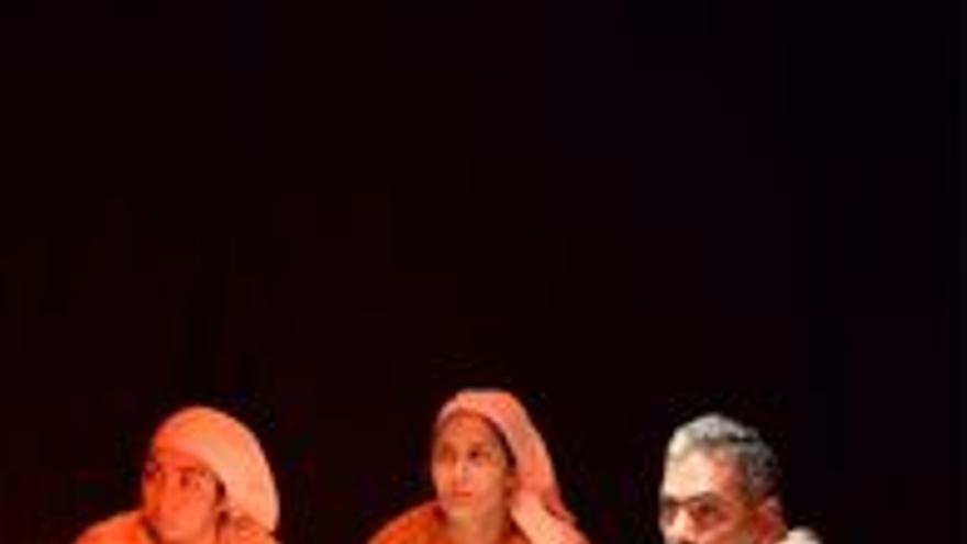 Teatro Familiar Zalatta Teatro. Presenta: Entre Penas y Sonrisas Los Misterios de la Noche
