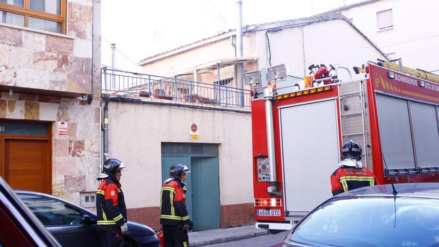 Personal niega haber cambiado las condiciones de los bomberos municipales