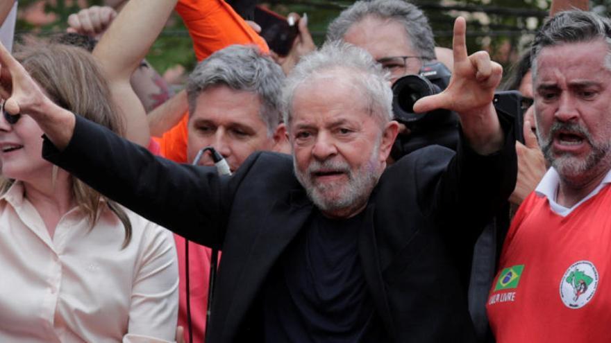 """Lula asegura que fue a la cárcel para """"probar la mentira"""" en su contra"""